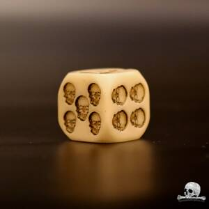 Natural Skull Dice 1 pcs