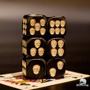 Black Skull Dice 6 pcs